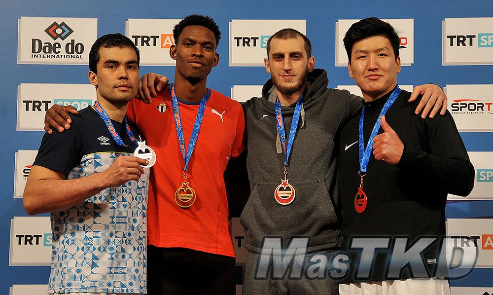 mT_Podio-Mo87_MasTKD_7th-Turkish-Open-Taekwondo-Tournament